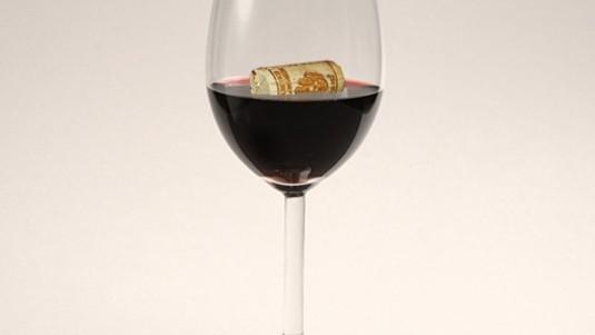 Chi paga se il vino sa di tappo?