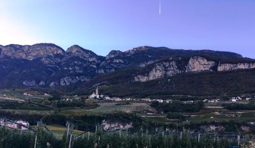 Cortaccia Alto Adige montagne e vigneti