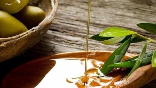 Oro di Rufolo, l'olio evo dell'agricola Ortoplant