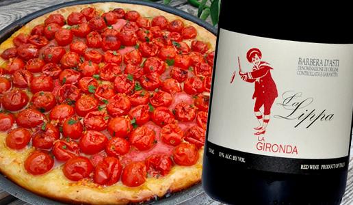 Pizza marinara con pomodori confit con Barbera d'Asti La Lippa 2019 La Gironda