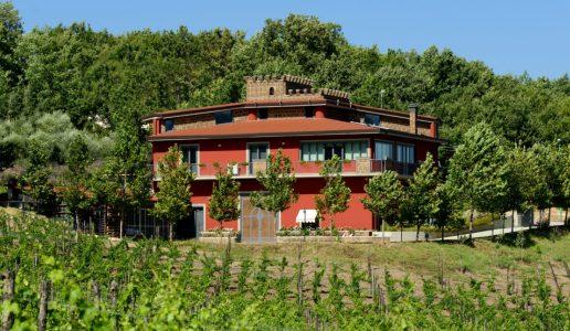 antico castello taurasi vino rosso campania cantina