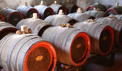 fattoria del teso cantina vini toscana montecarlo vinsanto 2001 vino dolce