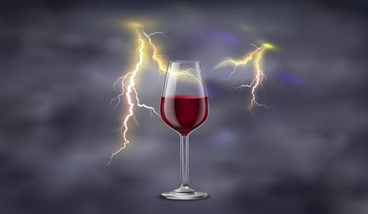 Temporale fulmine calice di vino