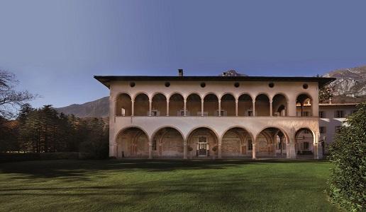 Villa Margon Bruno Lunelli Library