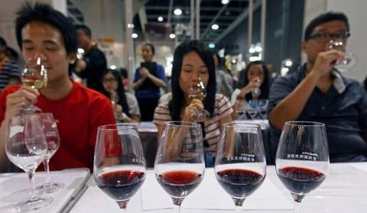 degustazione di vino in Cina