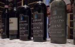 Lisini Brunello di Montalcino Ugolaia vino rosso Toscana bottiglie verticale