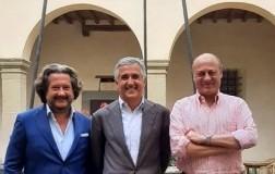 Giovanni Manetti Presidente COnsorzio Chianti Classico tra i Vice Presidenti Francesco Colpizzi e Sergio Zingarelli.