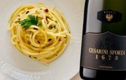 spaghetti aglio olio e peperoncino con Trentodoc 1673 Riserva Cesarini Sforza