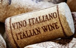 Vino italiano e dazi USA: acordo CEEV e Wine Institute