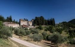 castello del trebbio lastricato chianti rufina riserva vino rosso toscana cantina