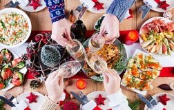 Christmas Dinner with white wine