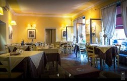 trattoria all'antica con bar milano sala