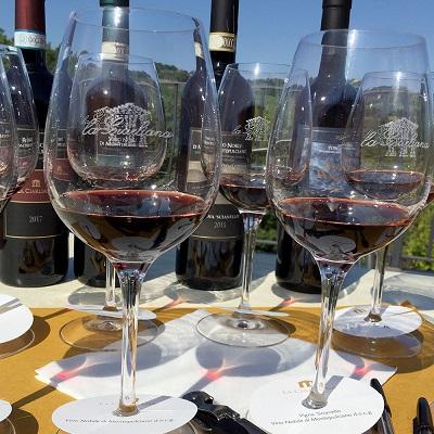 La Ciarliana Montepulciano blind tasting per enoturisti. Winegame